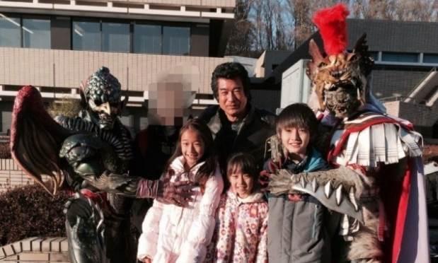 藤岡弘 子供 4人 長女 愛里 画像 学校 高校 年齢 名前